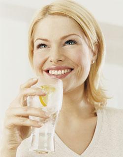beber-agua-gelada-emagrece-11