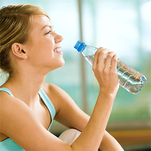 beber-agua-gelada-emagrece-14
