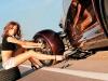 dicas-mulher-trocar-pneu-10