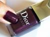 loja-britanicas-criam-unhas-decoradas-inspirado-em-roupa-da-dior-15