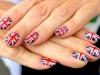 loja-britanicas-criam-unhas-decoradas-inspirado-em-roupa-da-dior-5